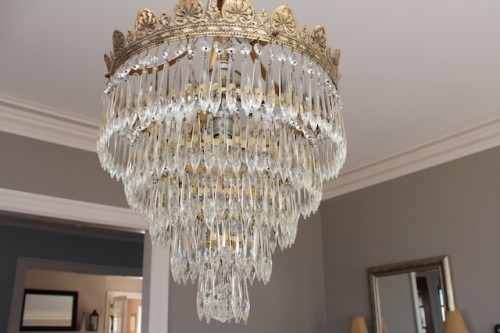 The (already cleaner!) chandelier.