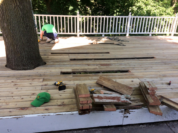 2017 - replacing rotted deck boards