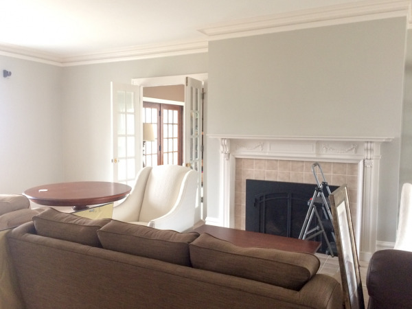Painting the living room Sherwin Williams Colonnade Gray
